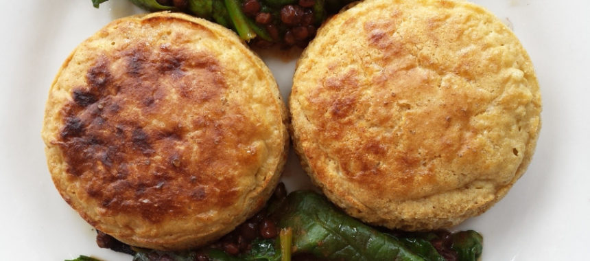 Ribblesdale Goat's cheese cakes with red lentils on the side